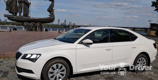 skoda-superb-with-driver-rental-kiev-yourdriver-1