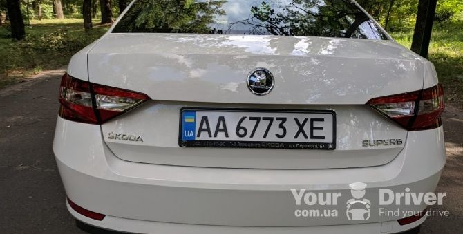 skoda-superb-with-driver-rental-kiev-yourdriver-4