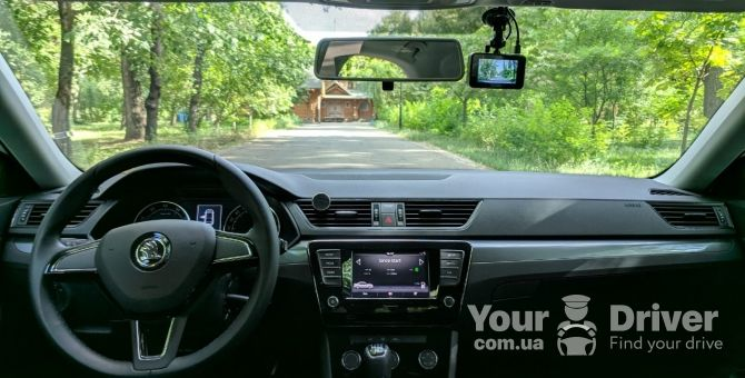 skoda-superb-with-driver-rental-kiev-yourdriver-7